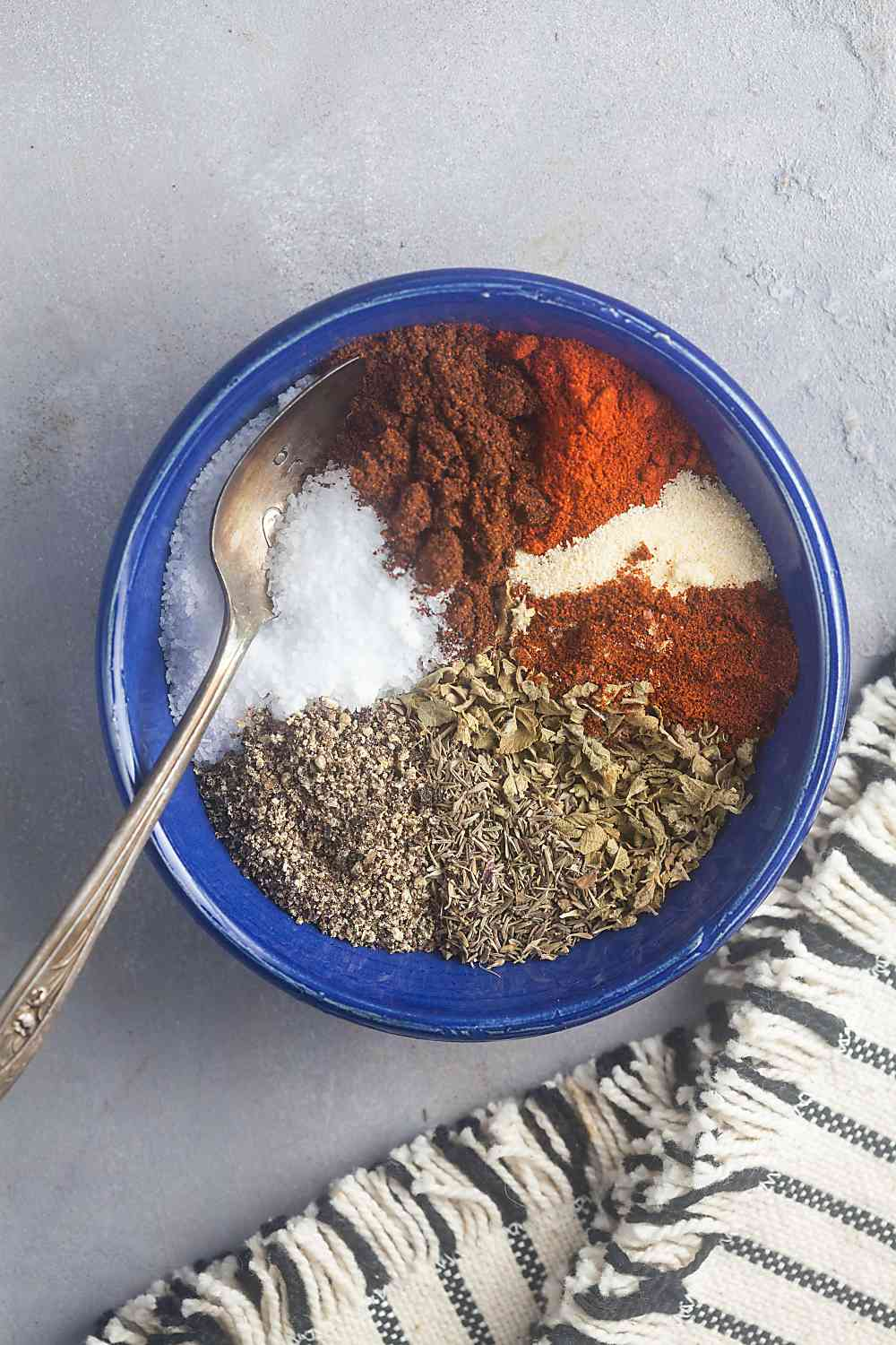 spices to mix for homemade cajun seasoning