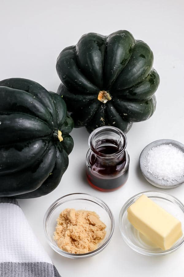 ingredients for how to make a roast acorn squash recipe