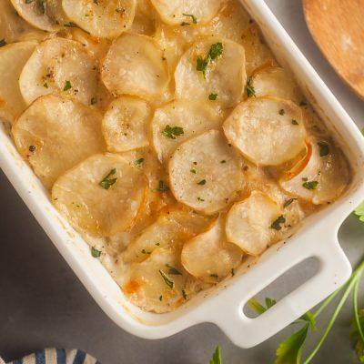 Cheesy Baked Scalloped Potatoes