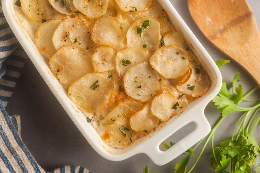 Cheesy Baked Scalloped Potatoes 3