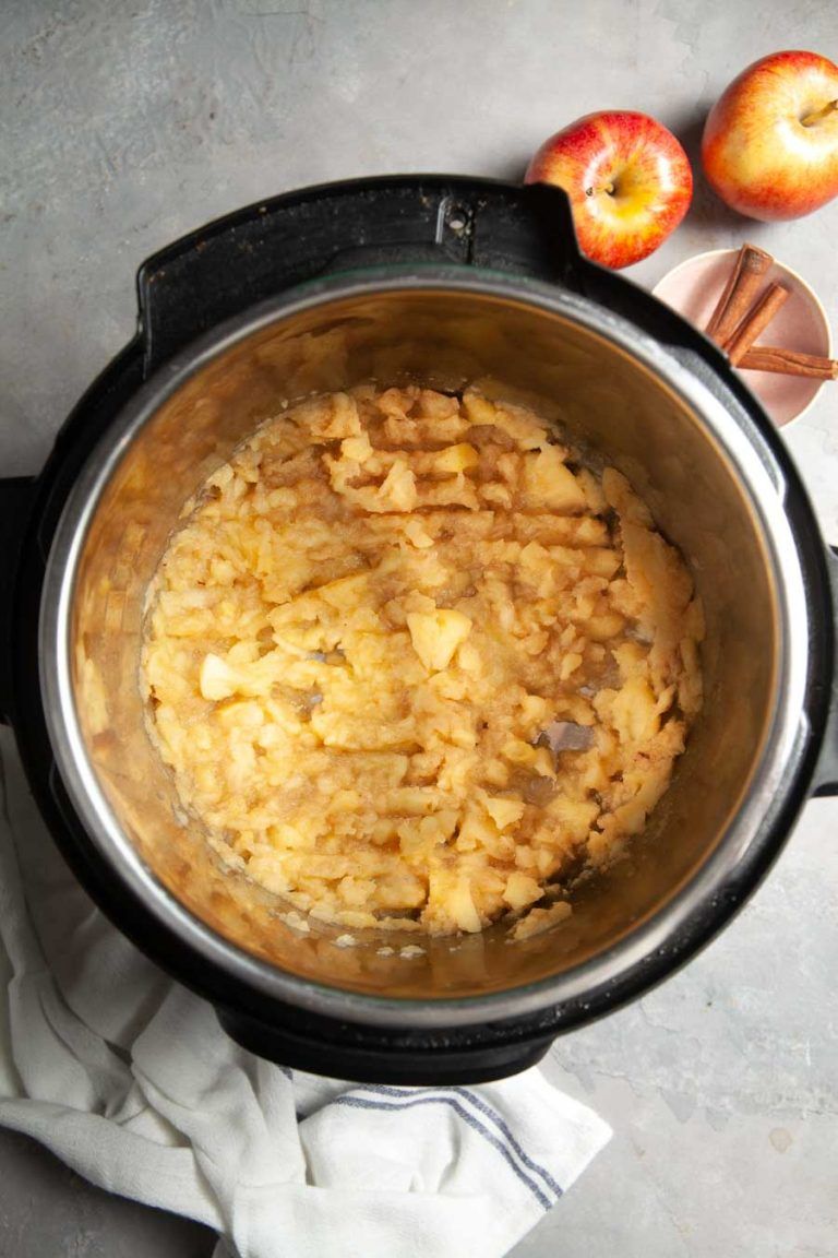 Unsweetened Instant Pot Apple Sauce 2
