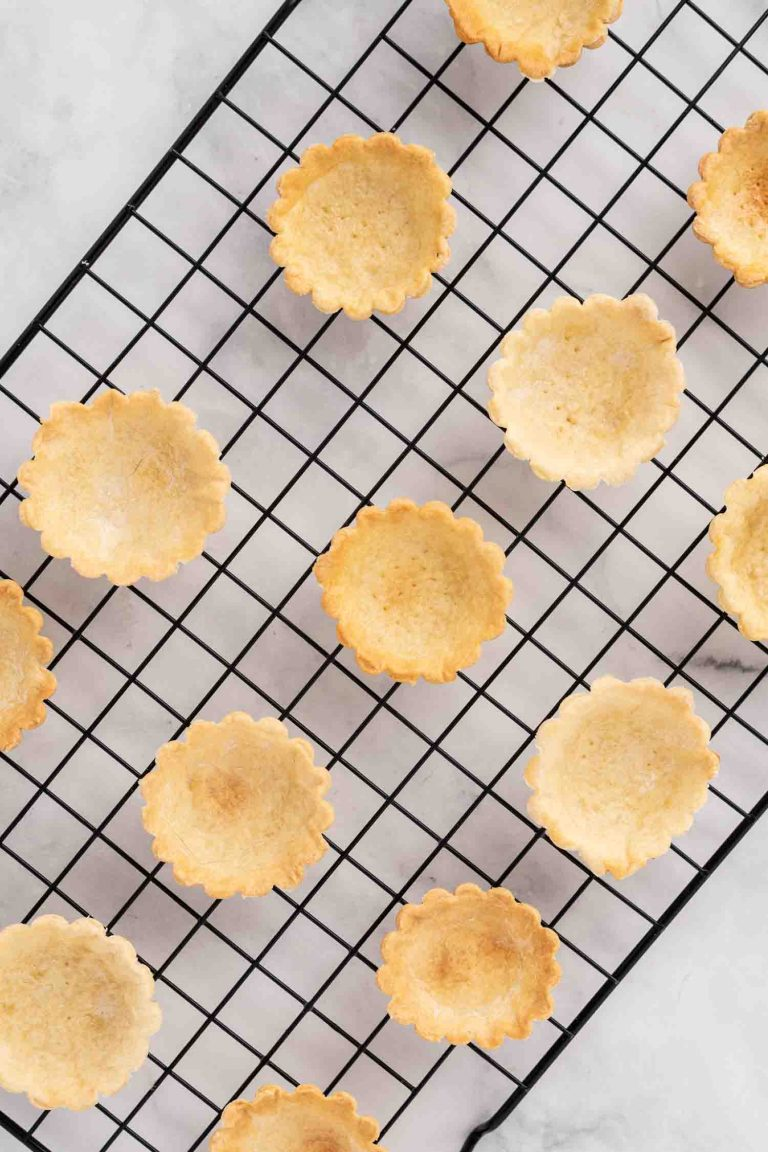 Mini Lemon Curd Tarts 1